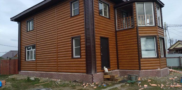 Металлосайдинг Блок Хаус покрытие Printech Орех в Иркутске 2